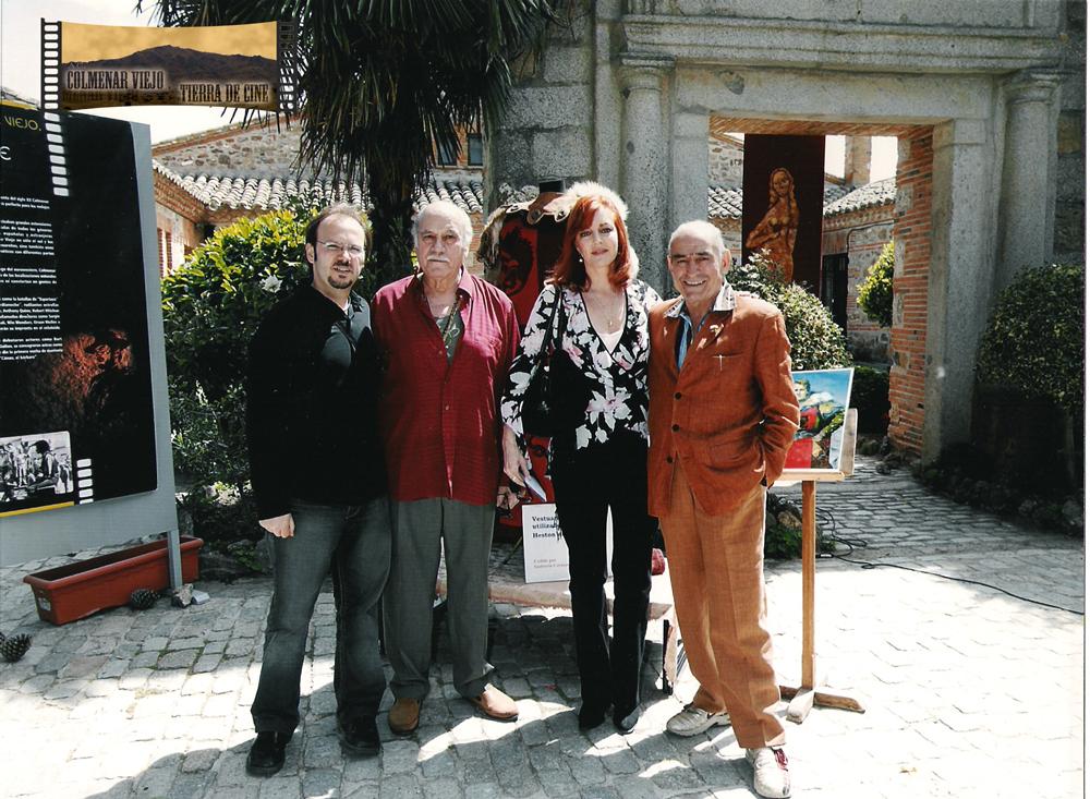 Aldo Sambrell, Andrea Bronston, Saturnino García y Víctor Matellano en la inauguración del panel de El Cid en la Ermita de Nuestra Señora de los Remedios